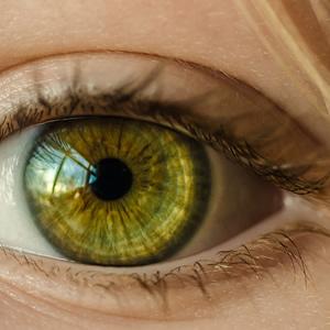 Øjenlaser behandlilng operation